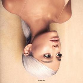 Ariana Grande to Headline Lollapalooza
