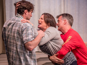 BWW Review: LINGER at Premiere Stages is a Gripping Family Drama that Addresses Current Issues