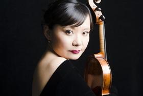 LA Phil Names Teng Li Principal Viola