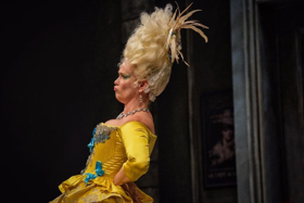 BWW Review: Let THE REVOLUTIONISTS Spin You Right Round at Everyman Theatre