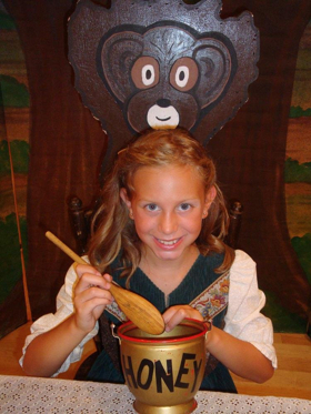 GOLDILOCKS AND THE 3 BEARS Comes to Kelsey Theatre