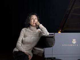 Mitsuko Uchida Kicks Off Two-Year Survey of Schubert Piano Sonatas at Carnegie Hall