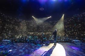 Chris Young Makes Celebratory Headlining Debut At Nashville's Bridgestone Arena