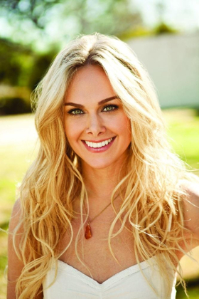 BWW Interview: Laura Bell Bundy Talks Charity in Reprise 2's SWEET CHARITY