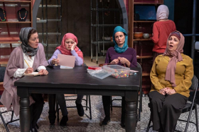 BWW Review: A Community Copes with Trauma in World Premiere of NO CANDY, at Portland Playhouse