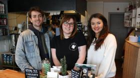 CAROLINE'S KITCHEN Cast Get A Taste For Cooking At Local Vegan Diner