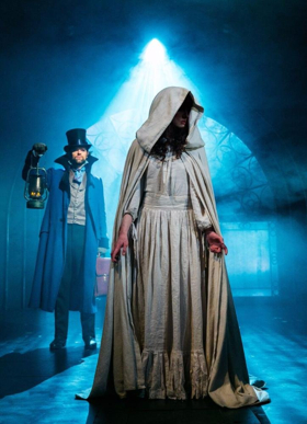 BWW Review: THE WOMAN IN WHITE, Charing Cross Theatre