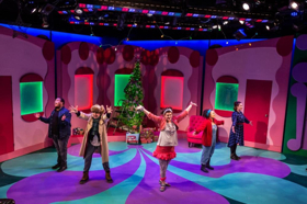 BWW REVIEW: FANCY NANCY: SPLENDIFEROUS CHRISTMAS at Adventure Theatre