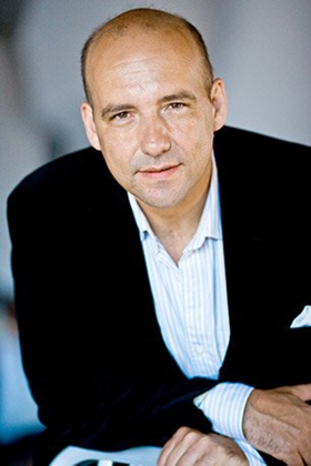 Emmanuel Villaume To Replace James Levine As Conductor of TOSCA at the Met