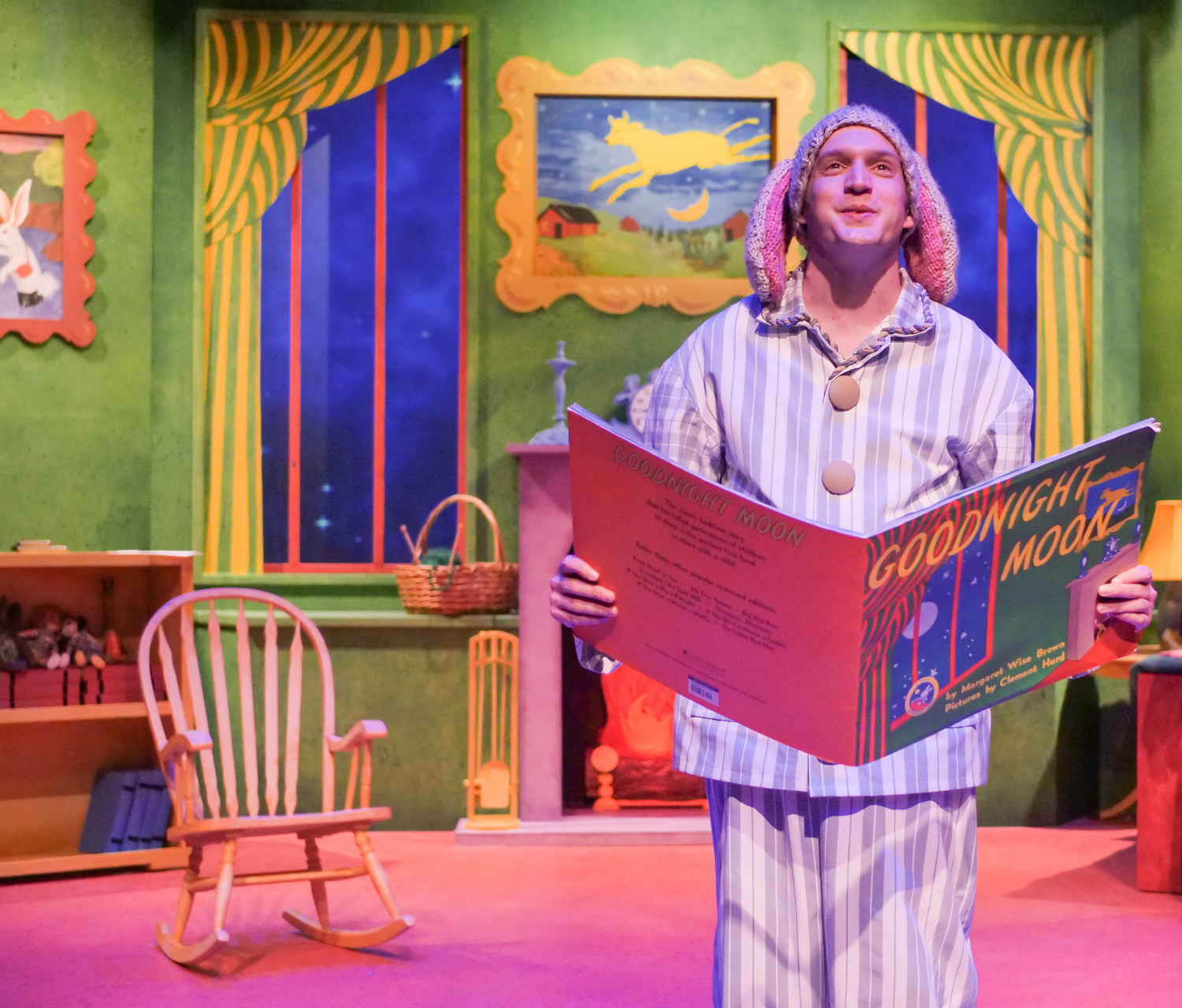 BWW Review: GOODNIGHT MOON is Delightful Entertainment