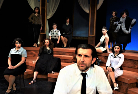 BWW Review: NINE at Theatre Three