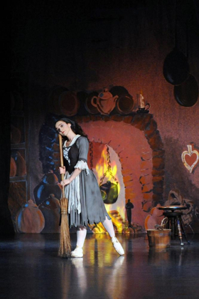 BWW Review: Happily Ever After: Maine State Ballet's CINDERELLA