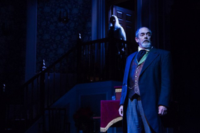 BWW Review: A CHRISTMAS CAROL: Recited by the Author