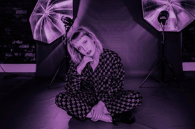 Lizzy Farrall Shares New Songs and Music Video For BARBADOS