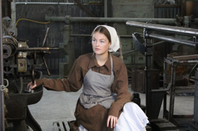 BWW Review: AN INSPECTOR CALLS at Dolphin Theatre