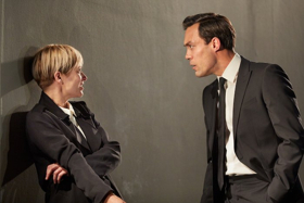 BWW Review: I'M NOT RUNNING, National Theatre