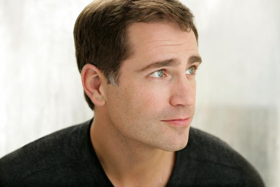 Baritone Matthew Worth to Join SFCM Faculty