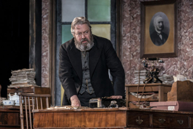 BWW Review: RUTHERFORD AND SON, National Theatre
