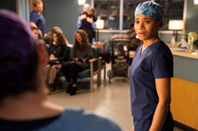 BWW Recap: GREY'S ANATOMY Offers Up a Heartbreaking Episode that Explores the Current Opioid Crisis and Urges us to Decide to Live