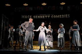Review Roundup: Encores! Season Opener- HEY, LOOK ME OVER!