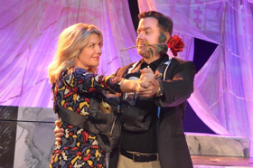 BWW Review: Madcap Romantic Comedy Road Trip ASHES TO ASHES Offers Laughs Galore at Every Stop