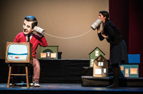 BWW Review: In the Heart of the Beast's MAKE BELIEVE NEIGHBORHOOD Pays Homage to the Beloved Mister Rogers, as Well as the Heroes of Its Own Neighborhood