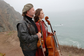 Alasdair Fraser and Natalie Haas Appear in Concert at the Center for the Arts