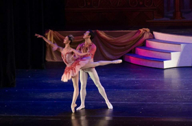 BWW Interview: Anna Porter Wilkes-Davis and Journy Wilkes in NUTCRACKER by American Repertory Ballet