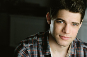 BWW Interview: Jeremy Jordan on Taking Risks, His Dream Collaboration, and Saving Twitter