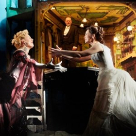 Chicago Shakespeare Presents Stephen Daldry's AN INSPECTOR CALLS