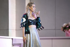 BWW Review: JULIE, National Theatre