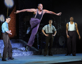 BWW Review: RIVERDANCE Amazes at the Hobby Center