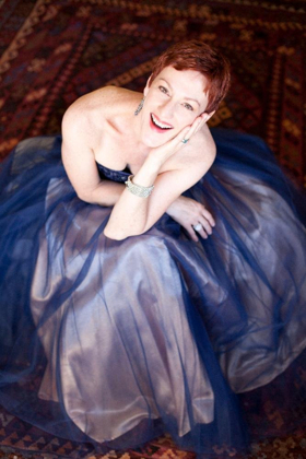 Broadway Vet Lisa Vroman to Join Pasadena Symphony for 'HOLIDAY CANDLELIGHT' Concert