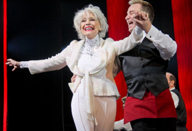 All Broadway Theatres Will Dim Lights for Carol Channing Jan. 16