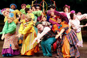 BWW Review: MARY POPPINS The Broadway Musical Proves Anything Can Happen When You Let It