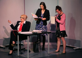 BWW Review: Group Rep Rocks with A CAROL CHRISTMAS