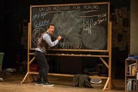 John Leguizamo's LATIN HISTORY FOR MORONS to Be Filmed Live for Netflix at NJPAC