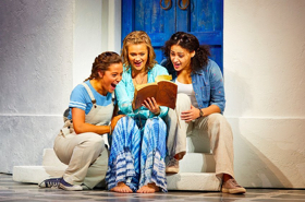 BWW Review: MAMMA MIA, Theatre Royal, Glasgow