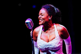 BWW Review: Portland Center Stage Season Ends on a Very High Note with LADY DAY AT EMERSON'S BAR AND GRILL