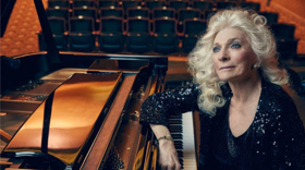 Judy Collins to Receive the 2019 Bistro Award for Lifetime Achievement