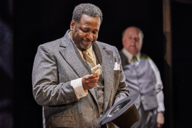 BWW Review: DEATH OF A SALESMAN, Young Vic