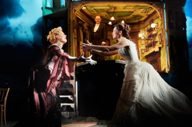 Stephen Daldry Directs Modern Reimagining of AN INSPECTOR CALLS At The Wallis