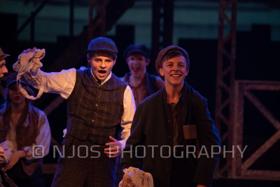 BWW Review: NEWSIES at Moorhead High Theatre