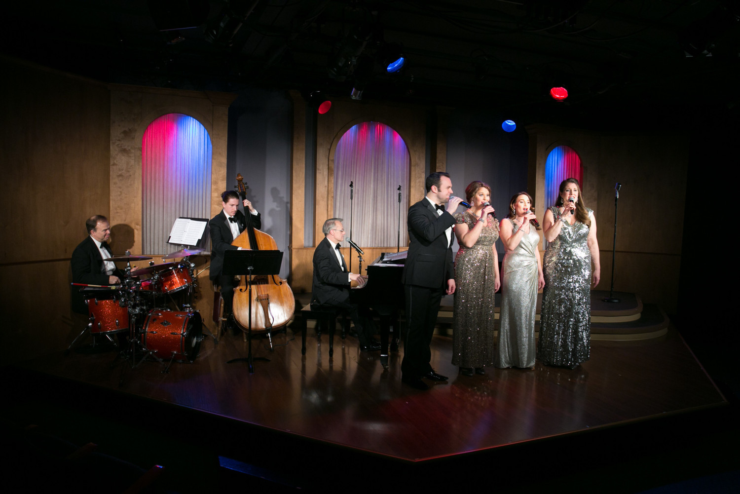 BWW Review: RETURN TO THE PAST WITH SONGBOOK OF THE 40S AT QUALITY HILL PLAYHOUSE at Quality Hill Playhouse