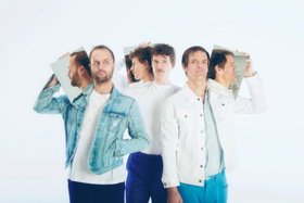 Warner Bros. Records Signs HOUNDMOUTH