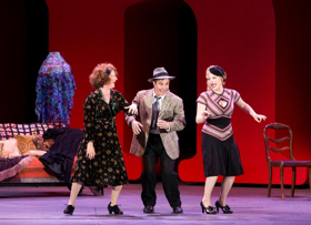 Review: Michael Arden Directs ANNIE with Creative Ingenuity at the Hollywood Bowl