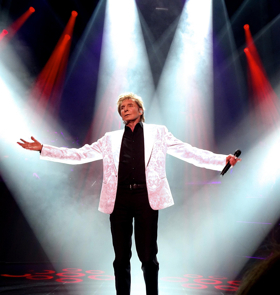 Official: Barry Manilow Will Return to Broadway This Summer!