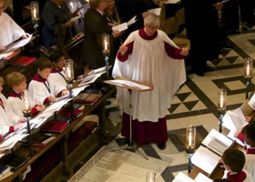 BWW Review: A Capella or Not, Oxford's Cathedral Choir Shows Fine Touch of Conductor Darlington at NY's St. Thomas 5th Ave.