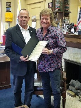 Illinois Honors Native Tim Atwood For Career In Country Music