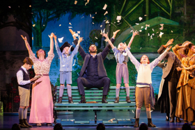 BWW Review: A Whimsical and Breathtaking FINDING NEVERLAND at The Oncenter Crouse Hinds Theater